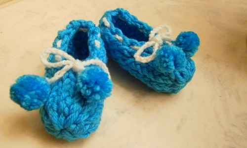 How To Loom Knit Baby Booties Loomahat