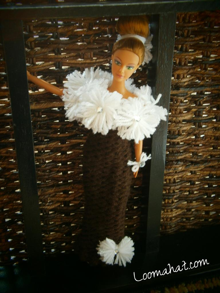 Knitting Doll Clothes - Easy Loom Knitting Project