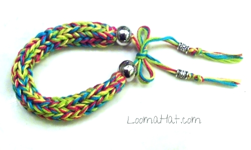 Loom Knitting with Floss - Free Patterns & Videos - LoomaHat.com