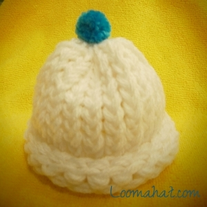 b6be93c092d How to Loom Knit a Preemie Hat – Video and Picture Tutorial
