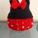 loom-knit-minnie-mouse-hat
