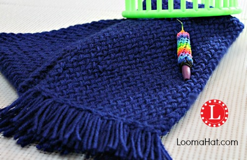Round Loom Knitting Scarf Patterns For Beginners : Loom Knit Scarf on Any Loom for Beginners - LoomaHat.com