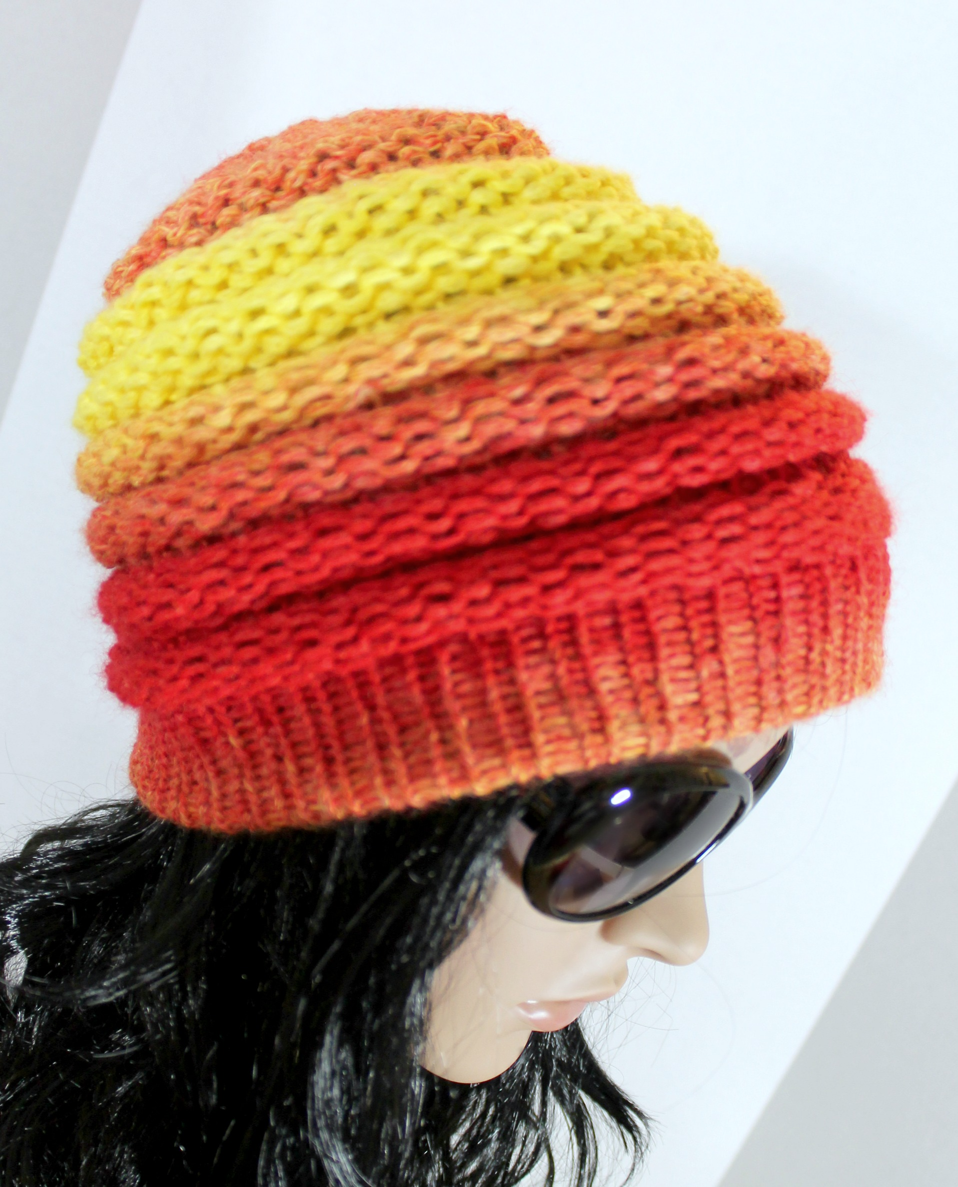 Loom hat patterns 65 free patterns loomahat ombre beanie hat pattern bankloansurffo Choice Image